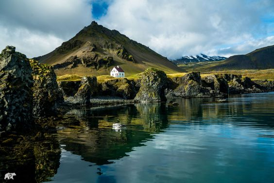Looking for friends — chrisburkard:   Not a bad place to call home.  ...