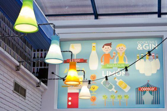 Mural Ilustración para L'ENVELAT de BADALONA by Chickenboxstudio