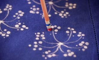 Fabric Bleach prevedeniach: Jednoduché a kreatívne kutilské nápady remeslá.