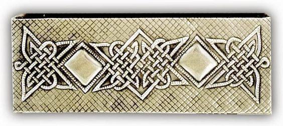 ArteyMetal: Caja joyero plumier celta 11