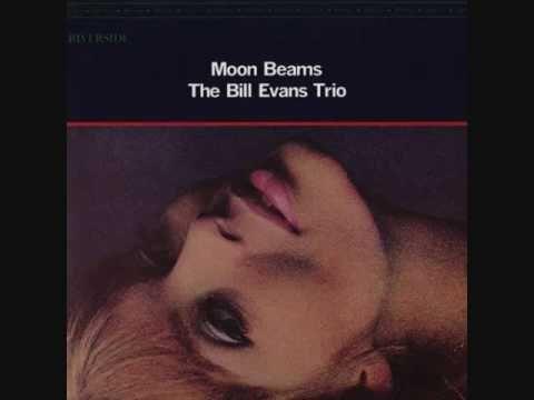 おはようございます。 今朝の一曲はビル・エヴァンス・トリオで「Polka Dots and Moonbeams」、「水玉模様(Polka Dots)のドレスと月の光(Moonbeams)に包まれた女の子」のことを歌った曲。エヴァンスのリリカルなタッチが合いますね。