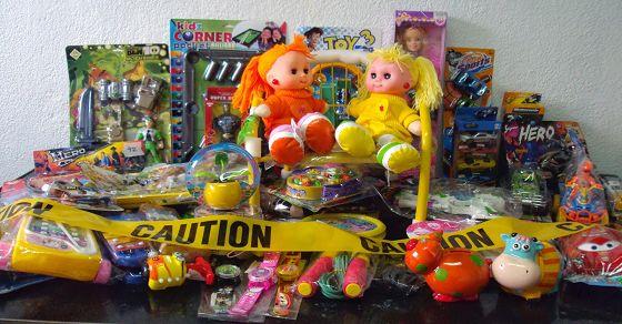 Cách chọn đồ chơi an toàn cho bé yêu an tâm phát triển