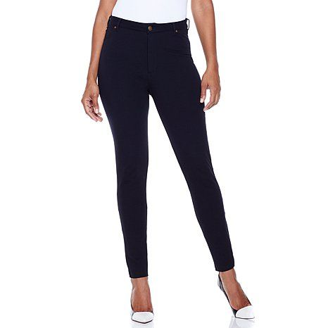 "Starting out the week feeling glamorous in my DG2 Ponte ""Lean Jeans!"" #AgingAgelessly"