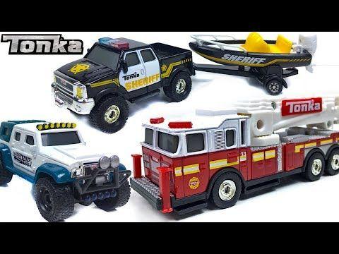 Incendio En La Ciudad De Tonka Con Camion De Bomberos Coche 4x4 Y Camioneta De Policia Con Remolque Youtube Camion De Bomberos Coches 4x4 Camionetas