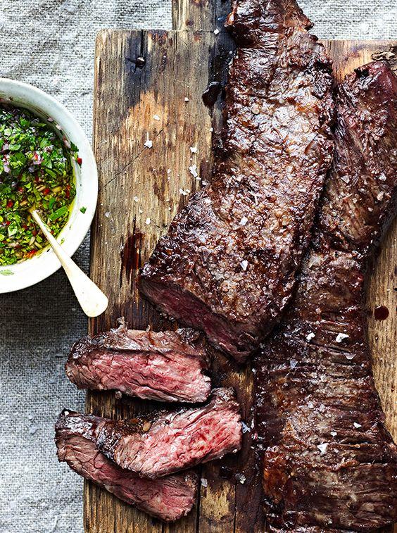 Skirt Steak with Chimichurri Sauce | Receta | Faldas ...