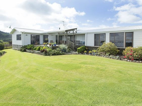 3 bedroom house for sale Kamo - LJ Hooker Whangarei