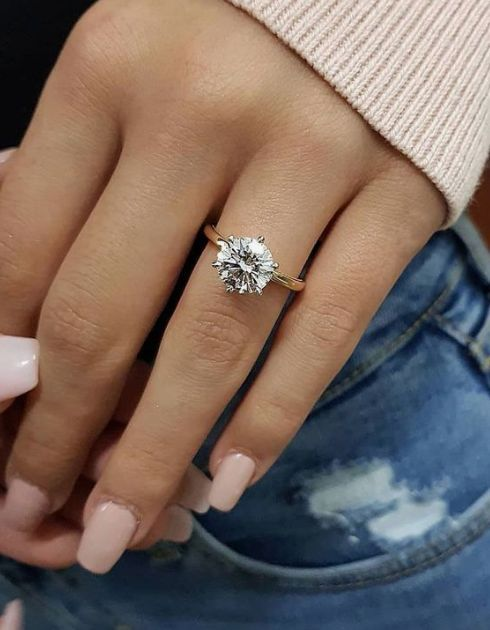 31 Beautiful Engagement Rings Ideas Prong Engagement Rings Womens Engagement Rings Round Solitaire Engagement Ring