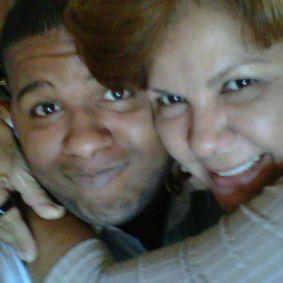 Madre encuentra al asesino de su hijo por Internet- Primerahora.com