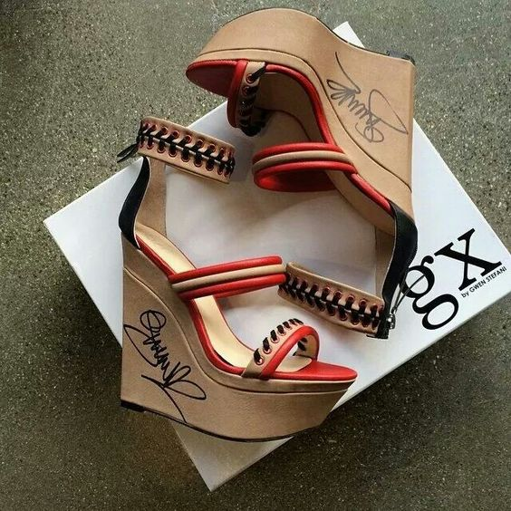 I love Gwen Stefani...These wedges are hott