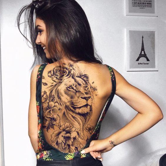 Lowen Tattoo Rucken Frau Women Tattoo Ideen Tatowierungen Tattoo Vorlagen Frauen