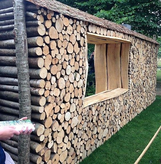 Garden Walls In Wooden Logs Woods In Garden Walls Round Garden Wall Shed Homes Outdoor Firewood Rack