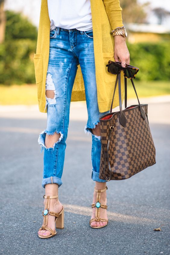 CASUAL SPRING OUTFIT IDEA | Sequins & Things