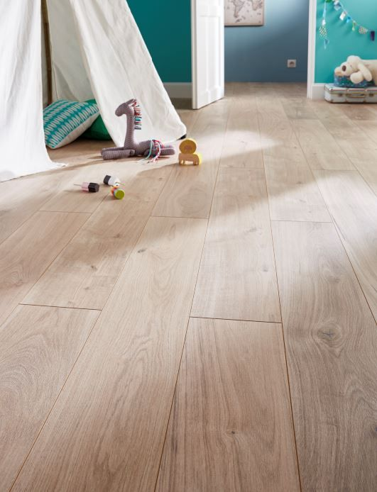 Stratifie Gladstone Chene Naturel 8mm Vendu A La Botte Sol Stratifie Stratifie Idee Deco Appartement