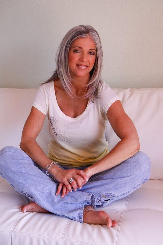 Victoria Marie - actress - silver grey hair