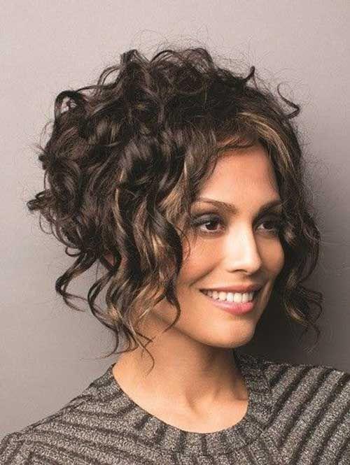 Curly Bob Hairstyles For Chic Women Bob Frisur Bob Frisur Dickes Haar Lockige Bob Frisuren