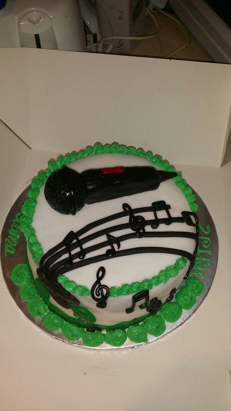 Musical themed cake ...For my hubby.
