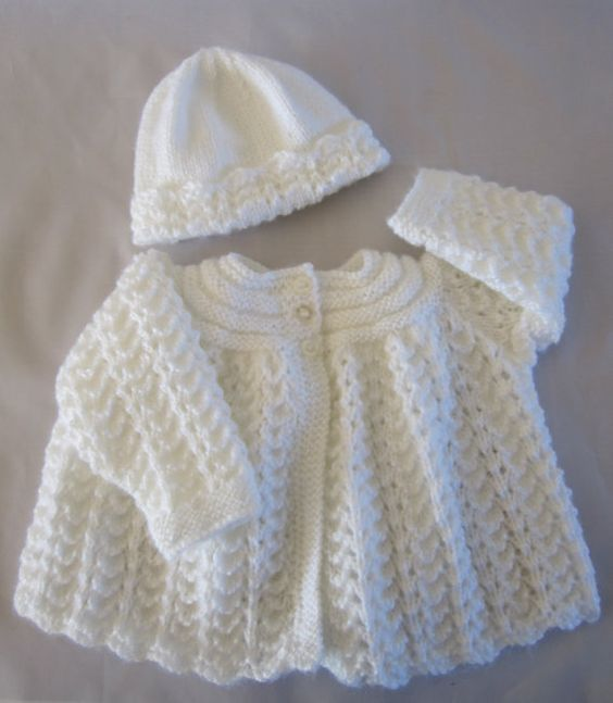 Hand Knitting Patterns For Babies : 17 Best images about Knitting Vs Sweater cardigan, Home and Newborn babies