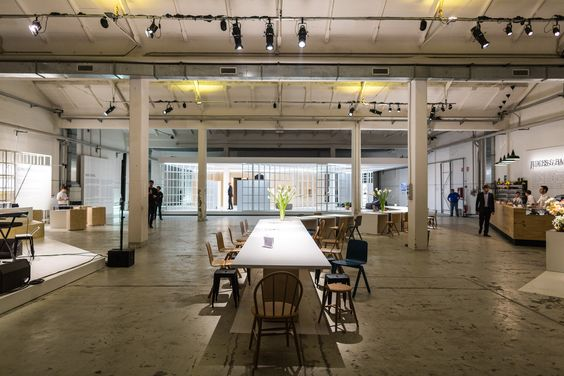 Collaborative spaces address the challenges of the contemporary urban environment. #MINI #MINILiving #DoDisturb #SalonedelMobile #interiors