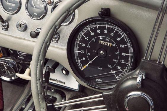 Chris Evans' Daimler SP250 Police Specification Roadster ^ https://de.pinterest.com/jasonkisner/beautiful-machines/