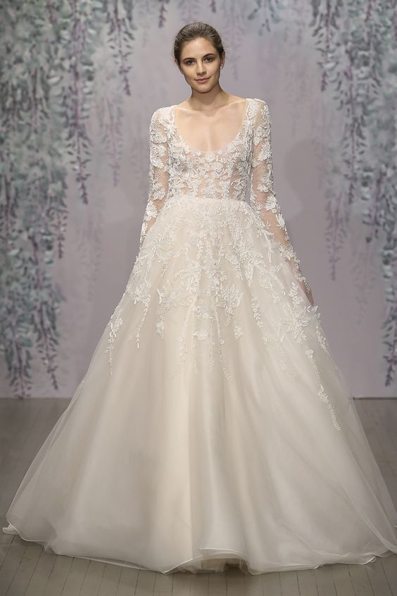 Romantic long Sleeve plus size Wedding Dress