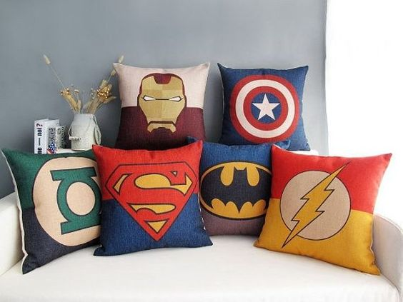 23 DIY Ideas For Making An Awesome Superhero Bedroom :http://designbump.com/23-diy-ideas-for-making-an-awesome-superhero-bedroom/