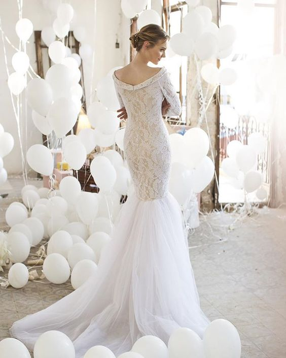The Perfect Lace and Tule Gown. Valeria Collection by #NoyaBridal | I take you - UK wedding blog #weddingdress #bridaldress #weddingdresses: