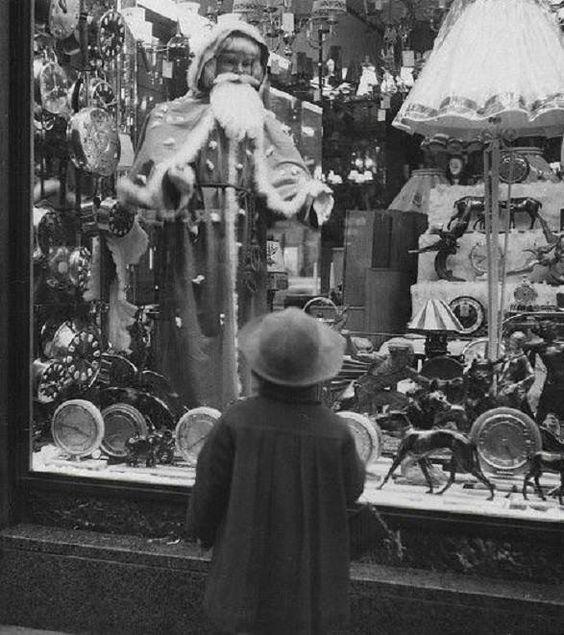 Christmas window shopping, 1956    #history #photooftheday #awesome #oldphoto #oldphotos #oldphotograph #retrophoto #oldphotographs #oldphotography #oldphotoshoot #retrophotography #retrophotos #historicalpics #historicalphotos #picryl