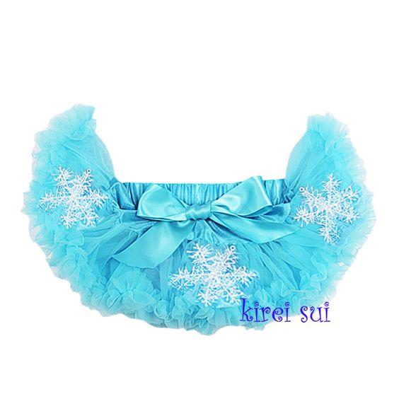 Frozen - Newborn t/m maat 68 pettiskirt prinses Elsa met sneeuwvlokken op de pettiskirt. http://www.mijnwebwinkel.nl/winkel/dottig/c-2819160/frozen-elsa-en-anna/