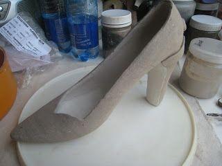 Rainha So: sapato voador