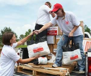 Isaac Relief Team Helps Families in Louisiana and Mississippi—An AmeriCares emergency relief team traveled to Gulfport, MS and Alexandria, LA to distribute medical and humanitarian aid to families displaced by Hurricane Isaac, and to identify needs for upcoming shipments