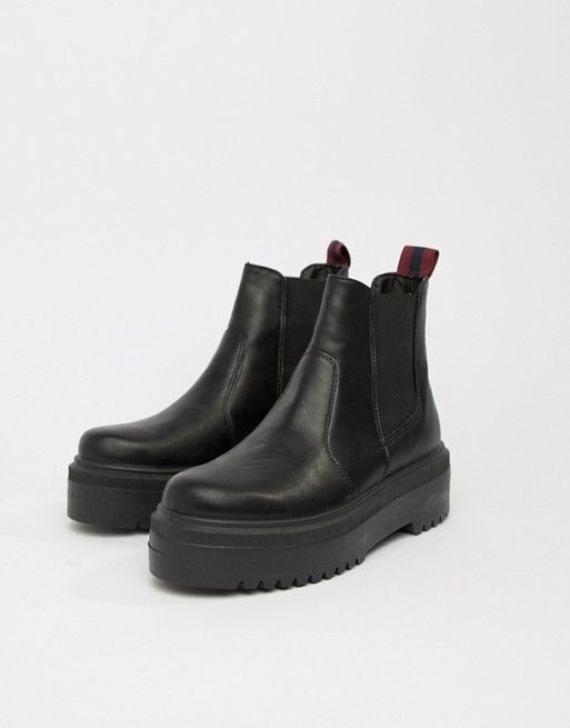 ASOS DESIGN Agnes chunky chelsea boots