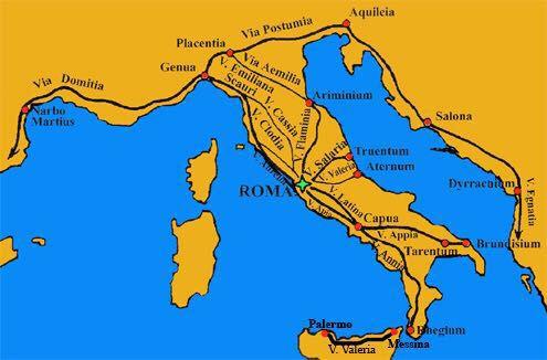 La construcción de las calzadas por parte de los romanos obedecía más a motivos estratégicos y militares que a meros intereses económicos.  Las calzadas permitían el rápido movimiento y traslado de las tropas romanas de una a otra parte de su imperio; sólo secundariamente esas mismas calzadas facilitaron el transporte de mercancías.