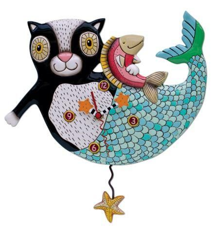 So much imagination can be seen in this cat pendulum wall clock. Cats can pretend to be mermaids too! Hand-painted starfish clock hands. Swinging STARFISH pendu