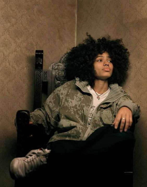 Who doesn't love Nneka?
