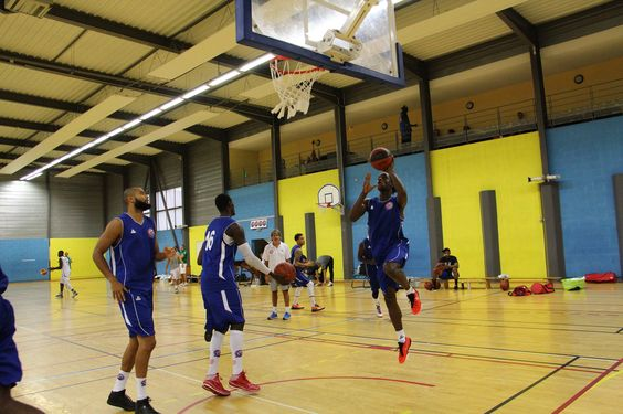 https://flic.kr/s/aHskjA1JuC | 2015 FAC vs Limoges CSP