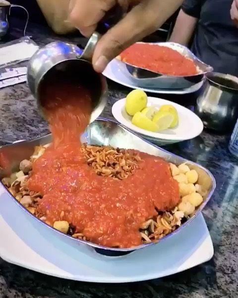 ولهانين على ام الدنيا شنو افضل محل عنده كشري في البحرين ابي رأيكم معلومة عن الكشري اصله من الهند يرجع Instagram Food Food Cravings