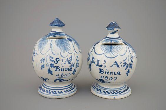 Een paar Friese spaarpotten, gedateerd 1807