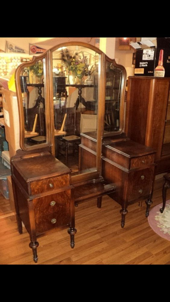 antique vanity vanities and dressers on 87963