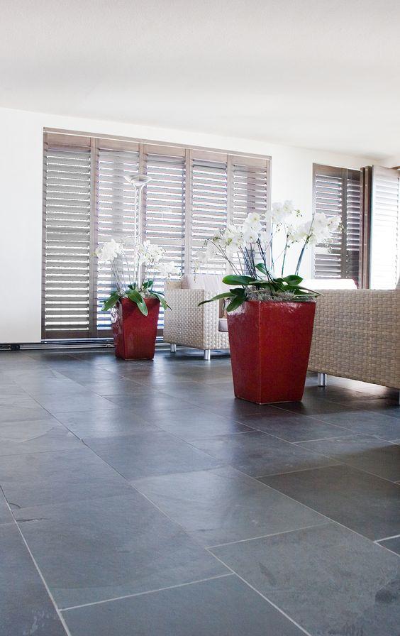 Mooie leisteen vloer met levendige uitstraling nibo for Hedendaags interieur