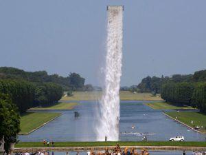 Una cascada suspendida en el aire