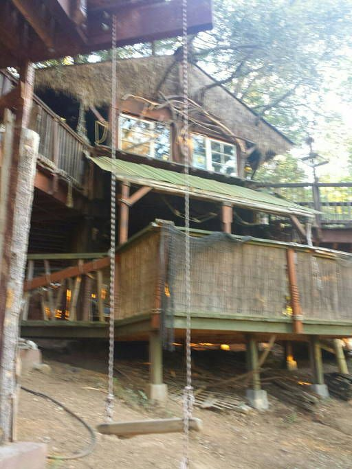 Cozy Lodge Tiki Treehouse Cabins For Rent In Idyllwild Pine Cove Tree House Idyllwild Pine Cove Guest Cabin