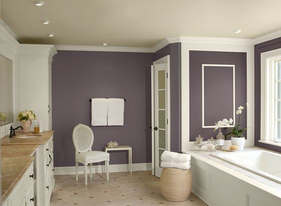 Bathroom ideas inspiration paint colors master bath for Deep purple bathroom ideas