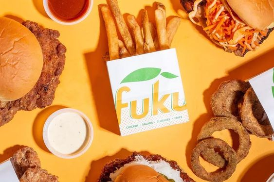 David Chang S Popular Fried Chicken Shop Fuku Is Coming To Los Angeles In 2020 Fried Chicken Restaurant Fried Chicken David Chang