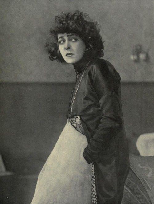 """Alla Nazimova in """"Camille"""", 1921."""