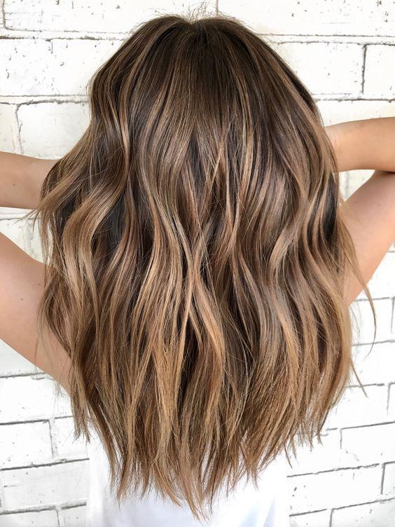 Cuando Llega La Primavera Siempre Apetece Renovarse Cambiar Los Angeles Decoracion Ymca Tambiedeborah Ca In 2020 Balayage Hair Hair Color Light Brown Light Hair Color