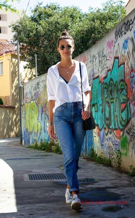 2020 Mom Jean Kombinleri Mavi Mom Jeans Beyaz Uzun Kol Gomlek Beyaz Sneaker Moda Moda Trendleri Tarz Moda