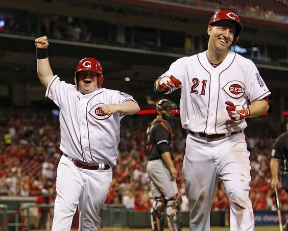 BB Teddy's joy after Frazier hits a homer against the Marlins '13
