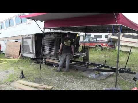 Scenicruiser 858 Engine Installation Youtube Installation Engineering Cruisers