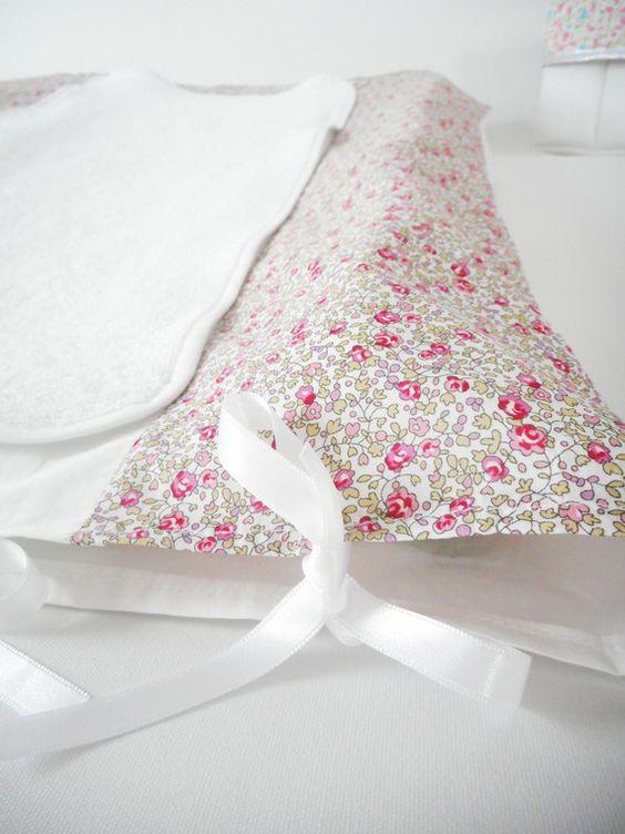 Housse matelas à langer - Liberty Eloïse rose (fleurs) - rubans blancs