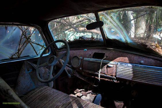 Η εντυπωσιακή πόλη της Αμερικής που είναι ένα απέραντο τόπος με παλιά αυτοκίνητα